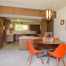 Midcentury Dining Room by AA Real Estate Photography