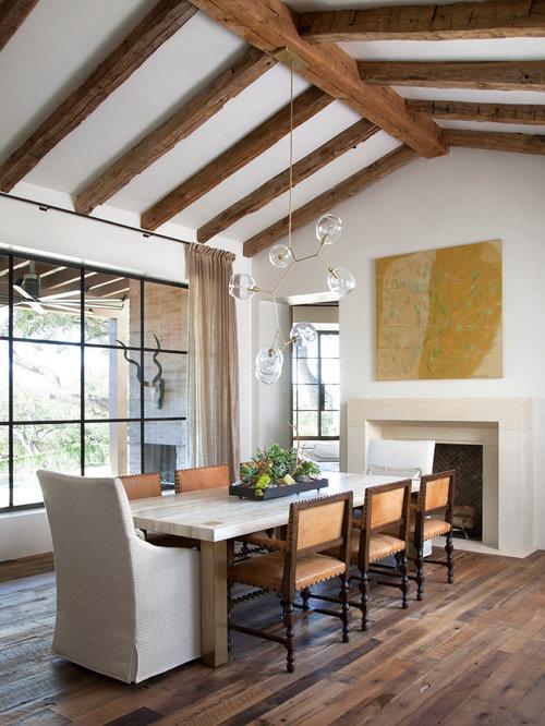mediterrane esszimmer mit dunklem holzboden ideen. Black Bedroom Furniture Sets. Home Design Ideas