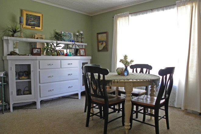 Farmhouse Dining Room by Sarah Greenman