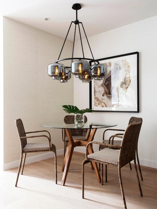 Best dining room with medium hardwood floors design ideas for Medium dining room ideas