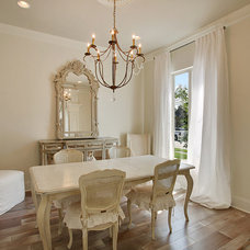 Traditional Dining Room by Estess Contractors