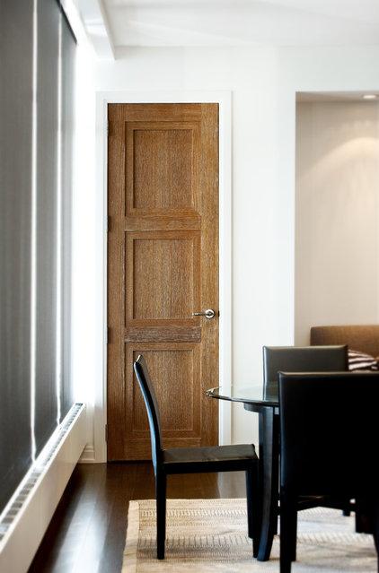 Contemporary Dining Room by Robert J Erdmann Design, LLC