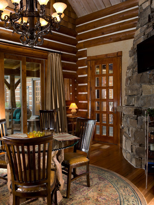 Log cabin quilt dining room design ideas renovations photos for Dining room quilter