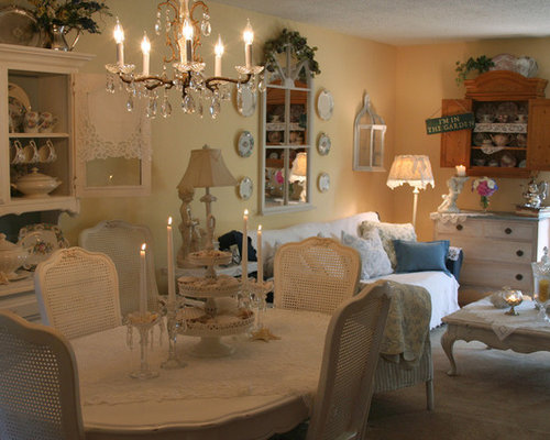 Sala da pranzo shabby chic style con pareti gialle foto idee arredamento - Pareti sala da pranzo ...