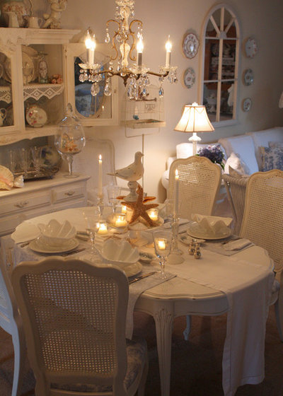 Shabby-chic Style Dining Room by My Romantic Home
