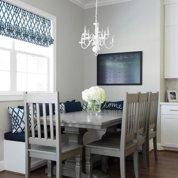 Room In  A Day Service Breakfast Nook