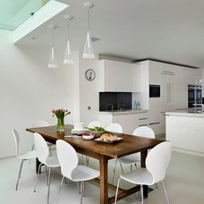 Contemporary Dining Room by Roundhouse