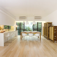 contemporary dining room by Clifton Leung Design Workshop