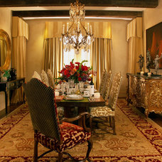 Traditional Dining Room by SUZANNE MYERS - ELITE INTERIOR DESIGN