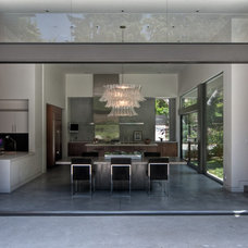 Contemporary Dining Room by Chu+Gooding Architects