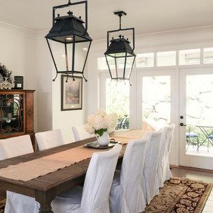 Rustic dining room, white walls, iron pendant lights