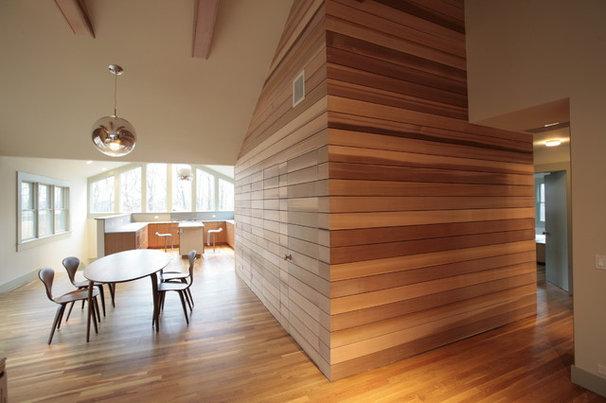Modern Dining Room by JENDRETZKI LLC