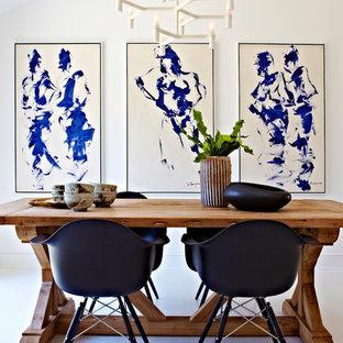 Immagine di una sala da pranzo moderna chiusa e di medie dimensioni con pareti bianche, pavimento in linoleum e nessun camino