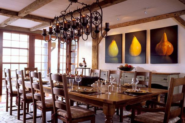 Traditional Dining Room by Mojo Stumer Associates, pc.