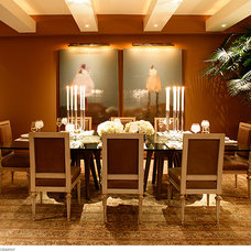 Transitional Dining Room by Michael Merrill Design Studio, Inc