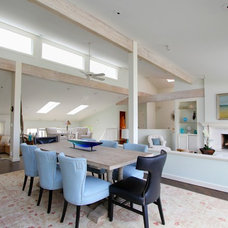 Beach Style Dining Room by Birgit Anich Staging & Interiors