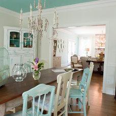 Beach Style Dining Room by Kristie Barnett, The Decorologist