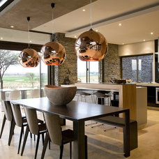 Contemporary Dining Room by Nico van der Meulen Architects