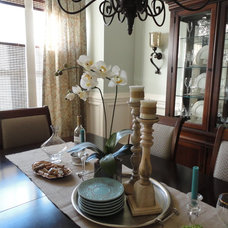 traditional dining room Shannon Handley