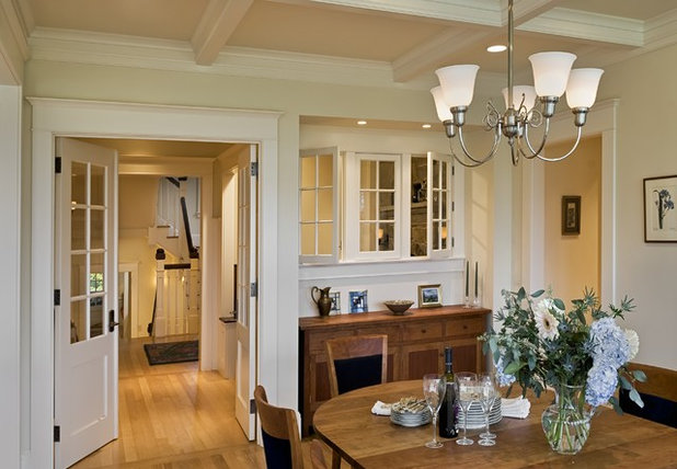 Victorian Dining Room by Smith & Vansant Architects PC