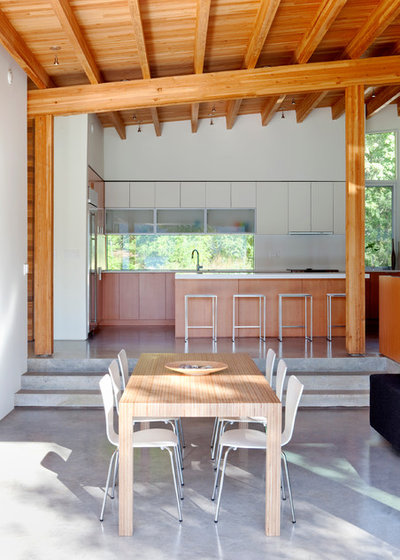 Moderne Salle à Manger by splyce design