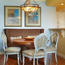 Traditional Dining Room by Elizabeth Lindholm Interiors, Inc.