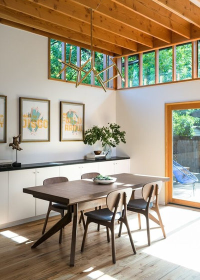 Dining Room by Murray Legge Architecture