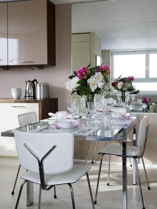 Small apartment dining area houzz for Small dining room area