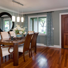 Contemporary Dining Room by mark pinkerton  - vi360 photography