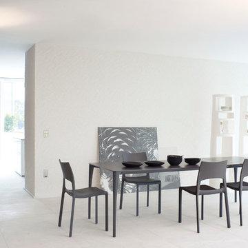Sol Modern Dining Table by Bonaldo