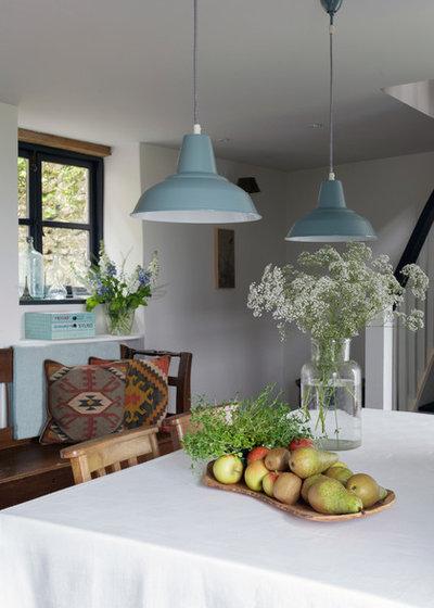 Shabby-chic Style Dining Room by Nicola O'Mara Interior Design
