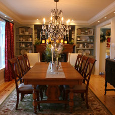 Traditional Dining Room by Sonya Kinkade Design