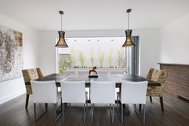 Contemporary Dining Room by CAPITAL BUILDING :: Apartment - Renovations