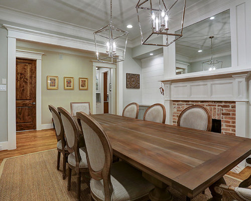 Merveilleux Example Of A Classic Medium Tone Wood Floor And Brown Floor Enclosed Dining  Room Design In