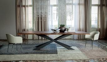 Spyder Wood dining room