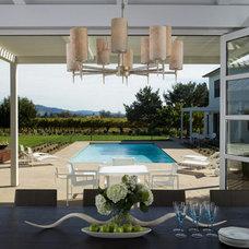 Contemporary Dining Room by Schneider Design Associates - SDA