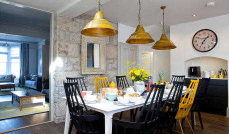 Houzz Tour: Evocative Textures Set the Tone in a St Ives Holiday Home