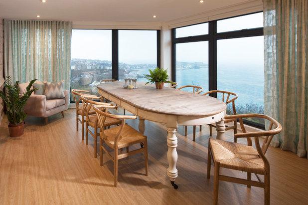 Coastal Dining Room by Camellia Interiors Ltd