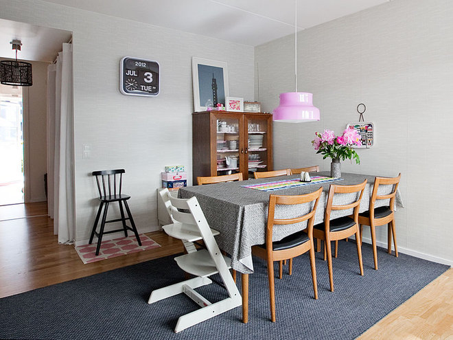 Contemporary Dining Room by Fotograf Lisbet Spörndly