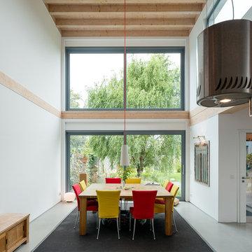 Stommel Haus Troisdorf - Contemporary Timber House