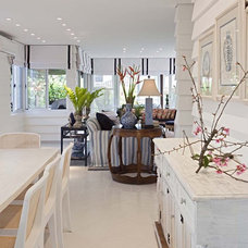 Beach Style Dining Room by Marcelo Brito & Pedro Potaris