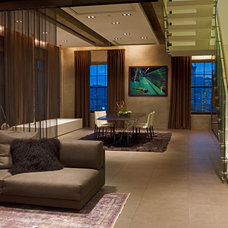 Contemporary Dining Room by VIA – San Francisco