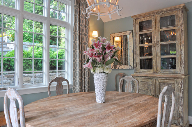 Traditional Dining Room by CM Glover