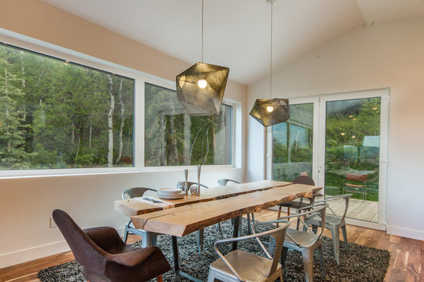 Modern Dining Room by Zola Windows