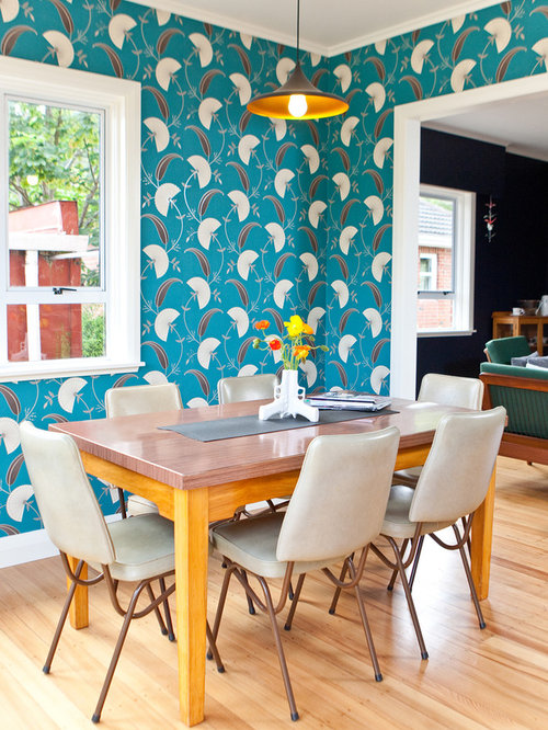 Eclectic turquoise dining room design ideas renovations for Eclectic dining room design ideas