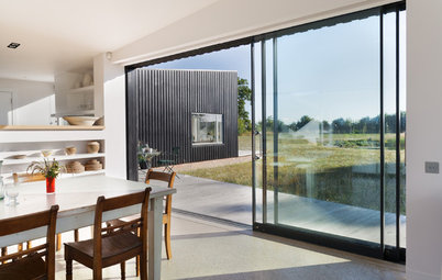 Houzz Tour: Modern and Connected to the Land