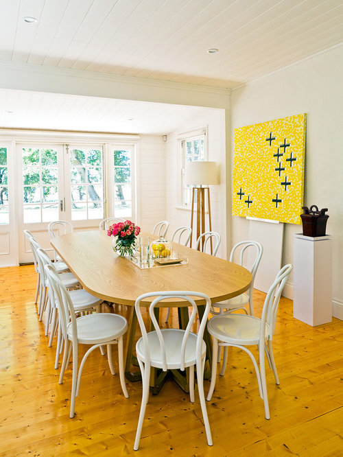 Country yellow dining room design ideas renovations photos for Country dining room color ideas