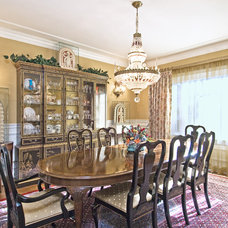 Traditional Dining Room by Kaleidoscope Color Consulting