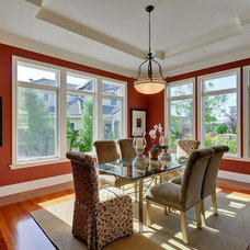 Traditional Dining Room by Rayco Painting