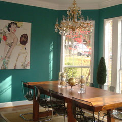 eclectic dining room by PaintColorHelp.com Dallas